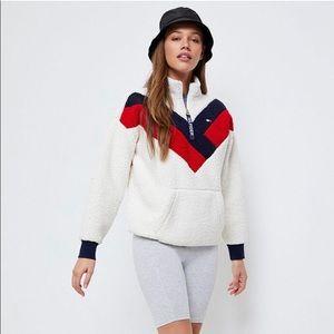 tommy hilfiger half zip sherpa sweatshirt